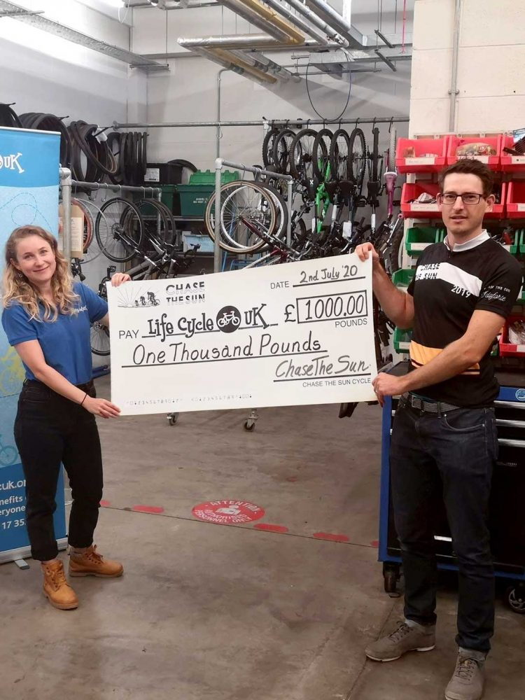 Chase The Sun donating to LifeCycleUK Cheque 2020